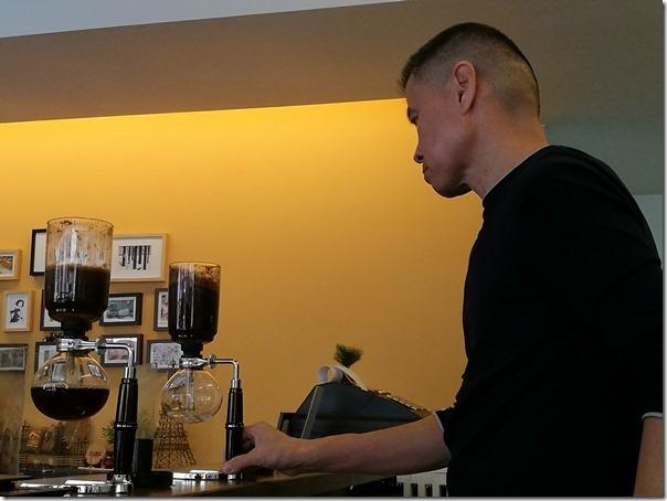 mrdodo25_thumb 平鎮-Mr. DoDo父子的比拚 虹吸與手沖各有千秋 單品咖啡來一杯