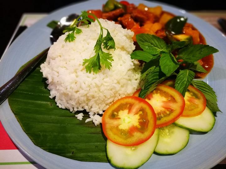 ganh09 HoChiMinh-Gánh胡志明正宗越南餐廳 燈光美氣氛佳食物普通而已 哈