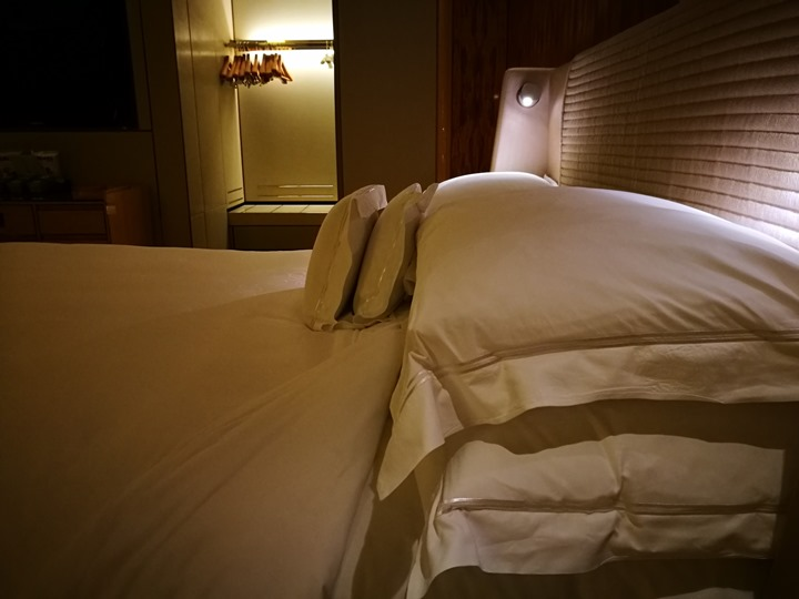 ritzcarltonsigapore001110 Singapore-Ritz Carlton心滿意足的五星級飯店 新加坡最常住的飯店之一
