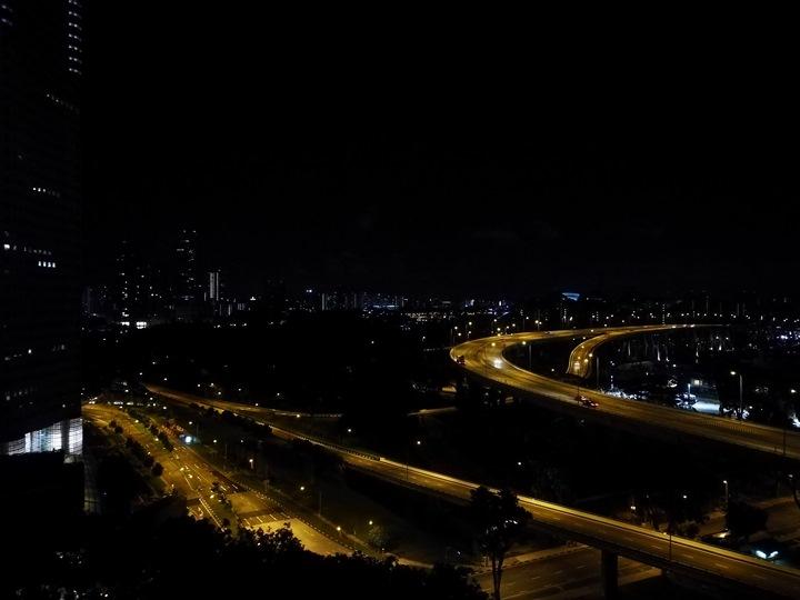 ritzcarltonsigapore001128 Singapore-Ritz Carlton心滿意足的五星級飯店 新加坡最常住的飯店之一