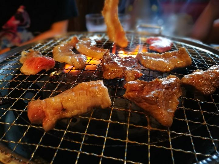 yakinikunahanaha21 Okinawa-焼肉パナリ 石垣牛與AGU豬 沖繩必吃