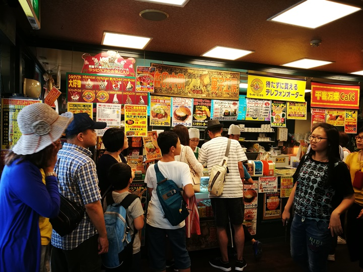 LUCKY-PIERROT07 Hakodate-函館名物 日本第一名的漢堡店 幸運小丑ラッキーピエロ(LUCKY PIERROT)推薦推薦