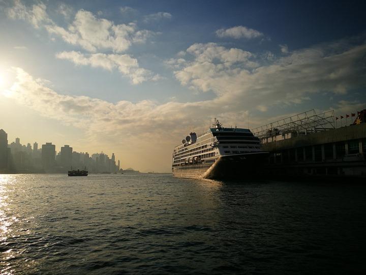 starferry03 HK-天星小輪 承載港人來往兩岸 欣賞維多利亞港美景