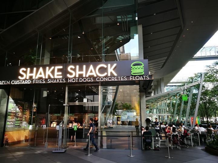 sharkshacktokyo01 Yorakucho-有樂町Shake Shack Burger人氣漢堡