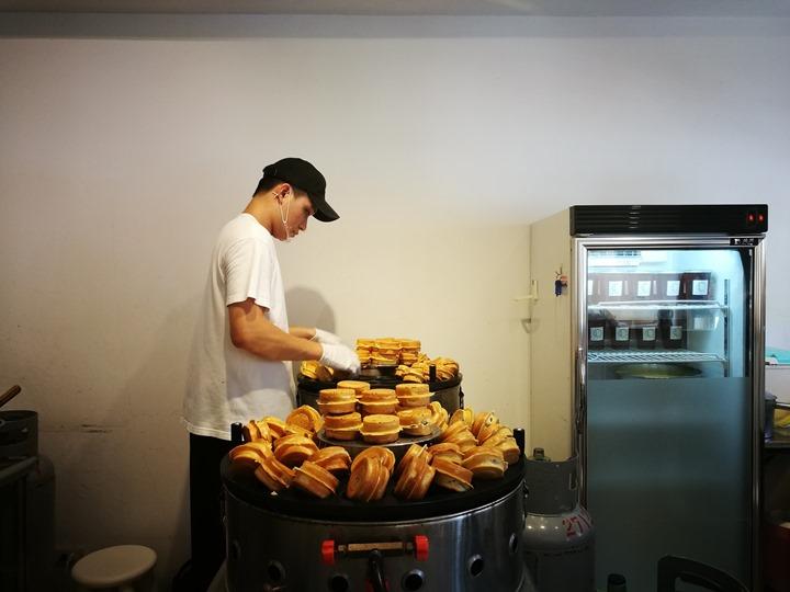 sometimes06 松山-有時候 紅豆餅 舒適空間小吃升級 吃紅豆餅也要優雅