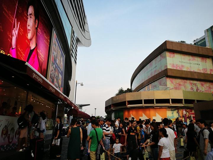 thepeak03 HK-擁擠的太平山The Peak 太平山夜景香港城市的擁擠