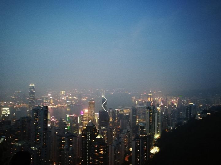 thepeak17 HK-擁擠的太平山The Peak 太平山夜景香港城市的擁擠
