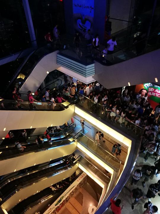 thepeak28 HK-擁擠的太平山The Peak 太平山夜景香港城市的擁擠