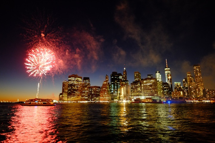 dumboview09 New York-果真大蘋果之紐約真好玩 布魯克林橋下 網紅聖地Dumbo&渡船碼頭賞曼哈頓夜景
