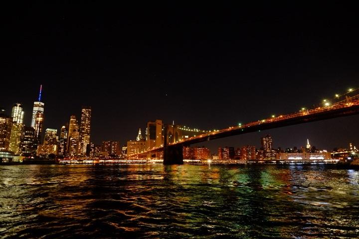 dumboview15 New York-果真大蘋果之紐約真好玩 布魯克林橋下 網紅聖地Dumbo&渡船碼頭賞曼哈頓夜景
