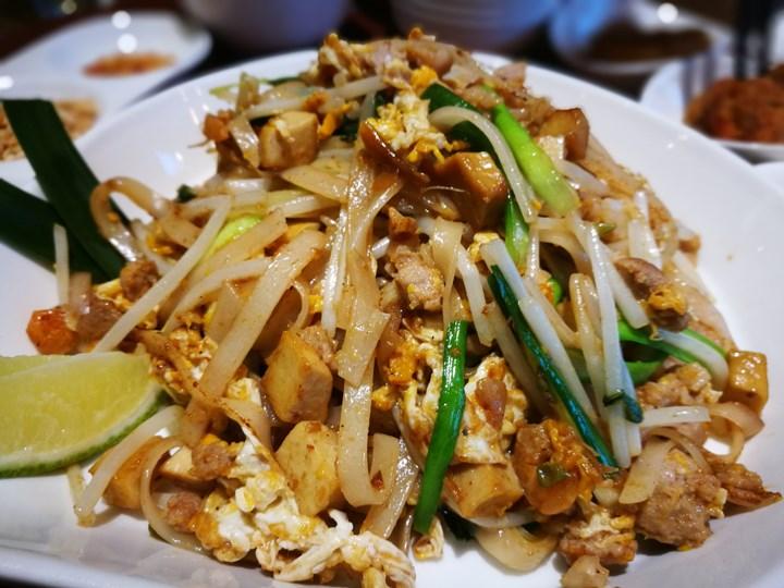 thaihand10 中正-不吃公館夜市 吃右手Thaihand泰式定食 服務態度很棒食物就...小失望