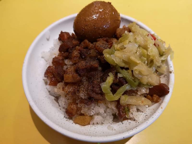 Portrice2 新竹-金連滷肉飯 軟嫩綿密的滷肉香甜可口