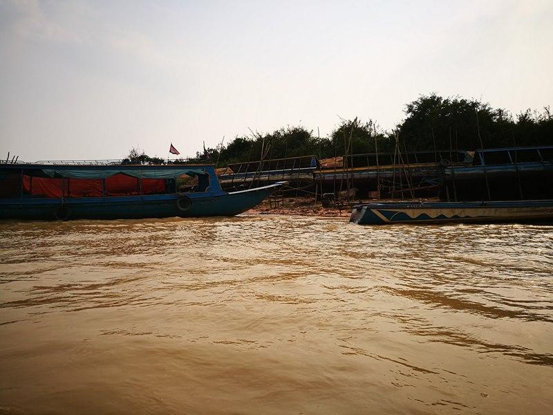 tonlesap04 Siem Reap-Tonle Sap洞里薩湖 柬埔寨的魚米鄉 落後環境中的知足生活