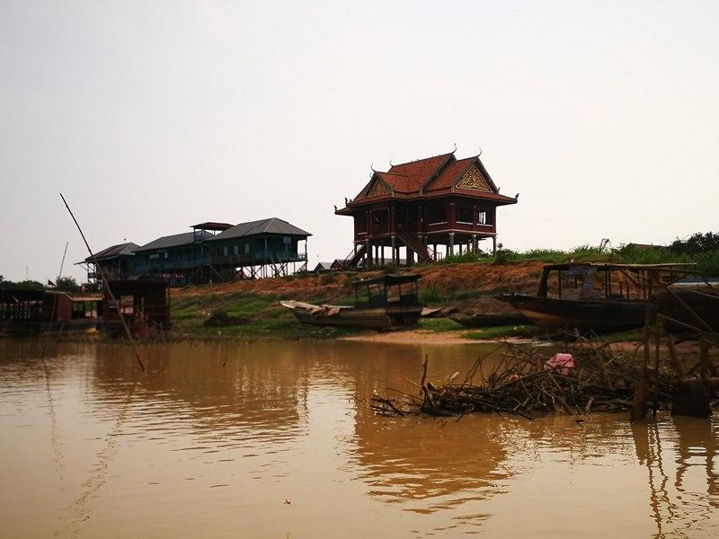 tonlesap05 Siem Reap-Tonle Sap洞里薩湖 柬埔寨的魚米鄉 落後環境中的知足生活