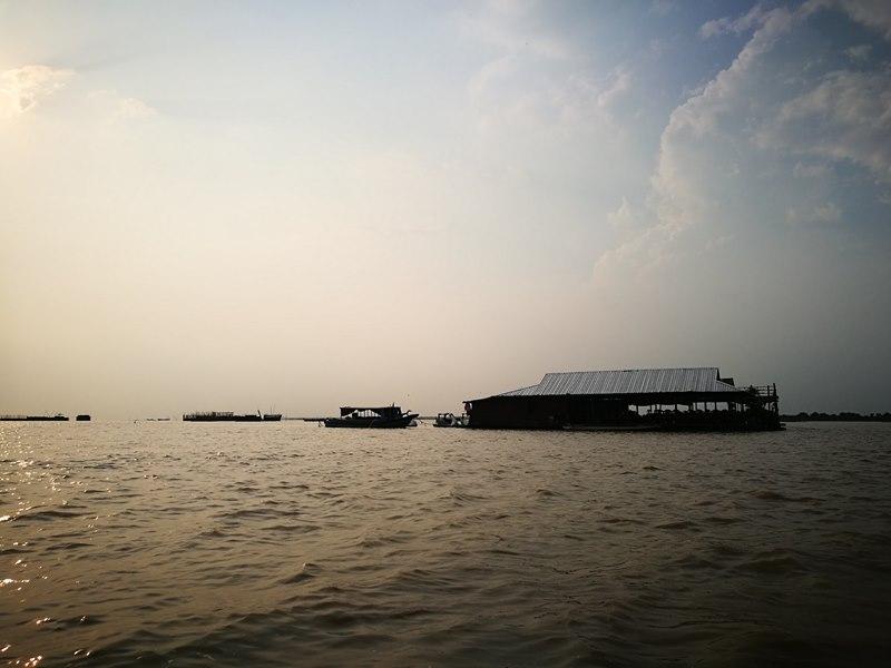 tonlesap27 Siem Reap-Tonle Sap洞里薩湖 柬埔寨的魚米鄉 落後環境中的知足生活