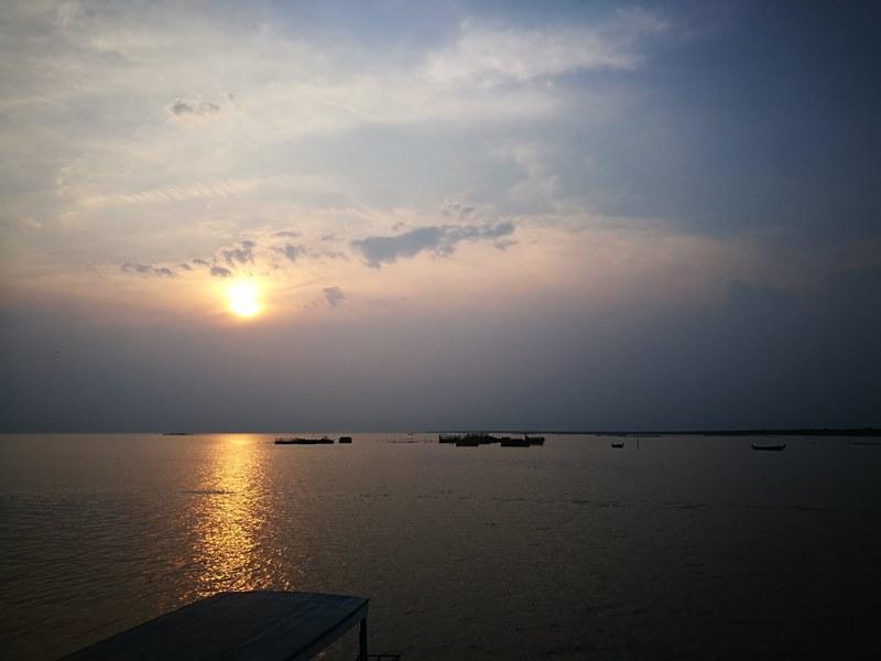 tonlesap37 Siem Reap-Tonle Sap洞里薩湖 柬埔寨的魚米鄉 落後環境中的知足生活