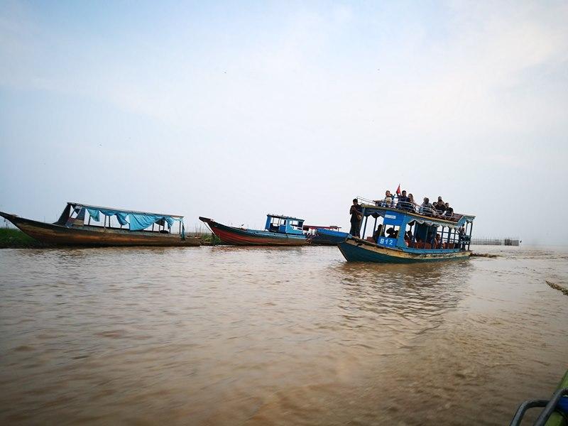 tonlesap42 Siem Reap-Tonle Sap洞里薩湖 柬埔寨的魚米鄉 落後環境中的知足生活