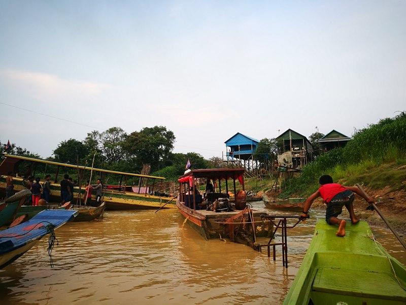 tonlesap45 Siem Reap-Tonle Sap洞里薩湖 柬埔寨的魚米鄉 落後環境中的知足生活