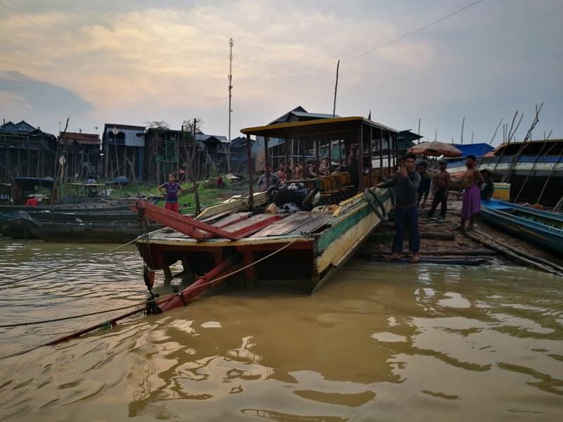 tonlesap47 Siem Reap-Tonle Sap洞里薩湖 柬埔寨的魚米鄉 落後環境中的知足生活