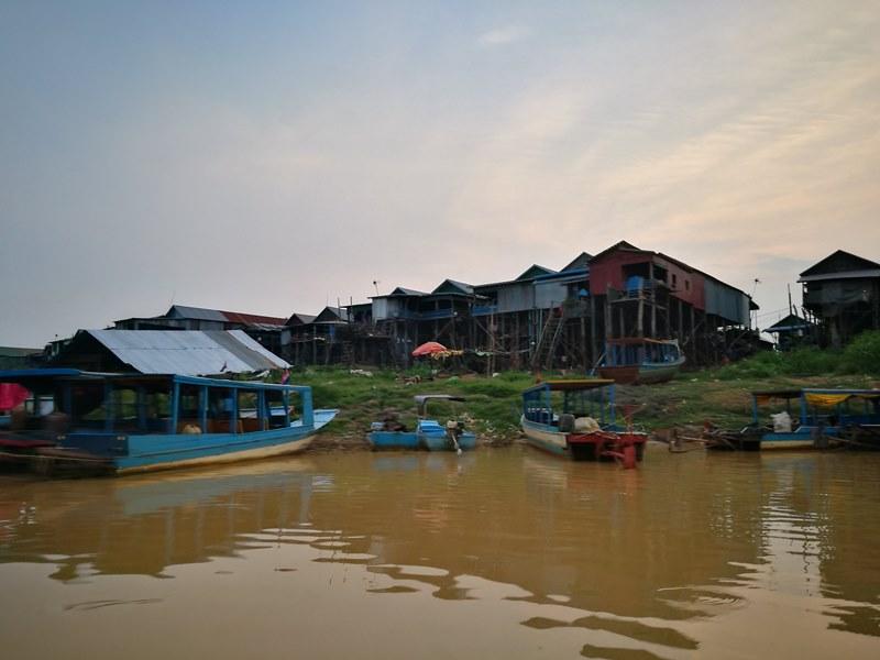 tonlesap49 Siem Reap-Tonle Sap洞里薩湖 柬埔寨的魚米鄉 落後環境中的知足生活