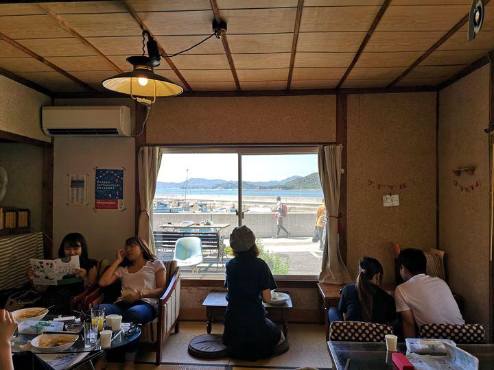konichiwa07 Naoshima-Cafe Konichiwa直島本村港旁 可愛海景咖啡館