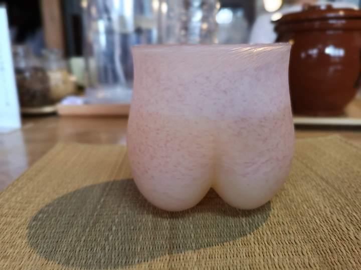 yuurinann11 Kurashiki-有鄰庵 倉敷老屋幸福布丁與特色美臀玻璃杯水蜜桃果汁