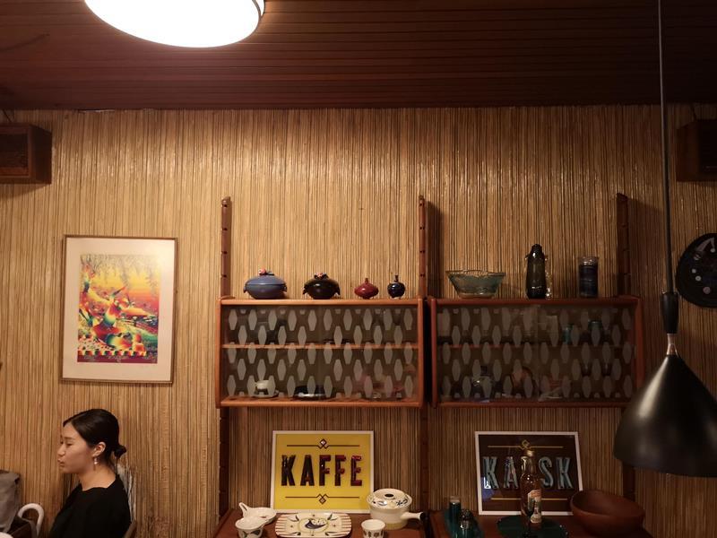fuglen08 Shibuya-Fuglen Tokyo超好喝的網美咖啡館 澀谷代代木公園旁來自挪威奧斯陸展翅自由飛翔的咖啡館