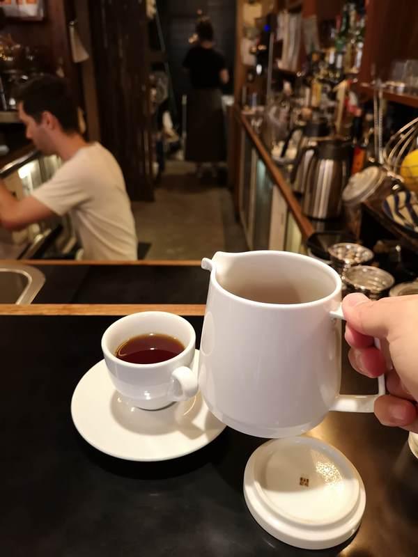 fuglen14 Shibuya-Fuglen Tokyo超好喝的網美咖啡館 澀谷代代木公園旁來自挪威奧斯陸展翅自由飛翔的咖啡館