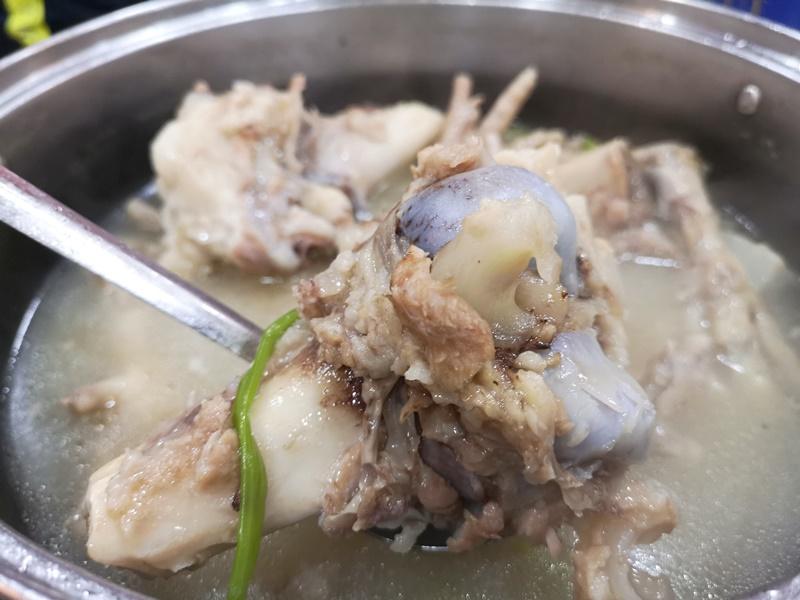 kunchi10 HK-坤記煲仔小菜 豬骨湯滑順濃郁 煲仔飯可口道地 必比登推薦小店