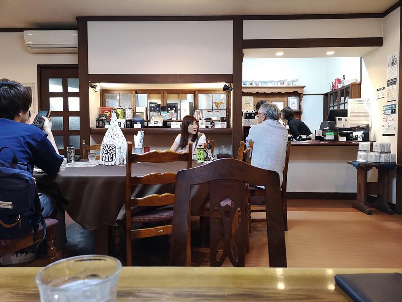 maruyama11 Karuizawa-來喝冠軍咖啡 丸山咖啡輕井澤本店 綠意盎然的林間小屋 環境佳咖啡香