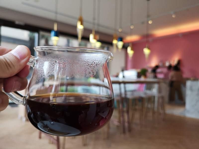 liscafe17 桃園-Li's 俐思咖啡 滿滿粉紅泡泡的北歐風咖啡管 手沖推廣台灣豆 好喝