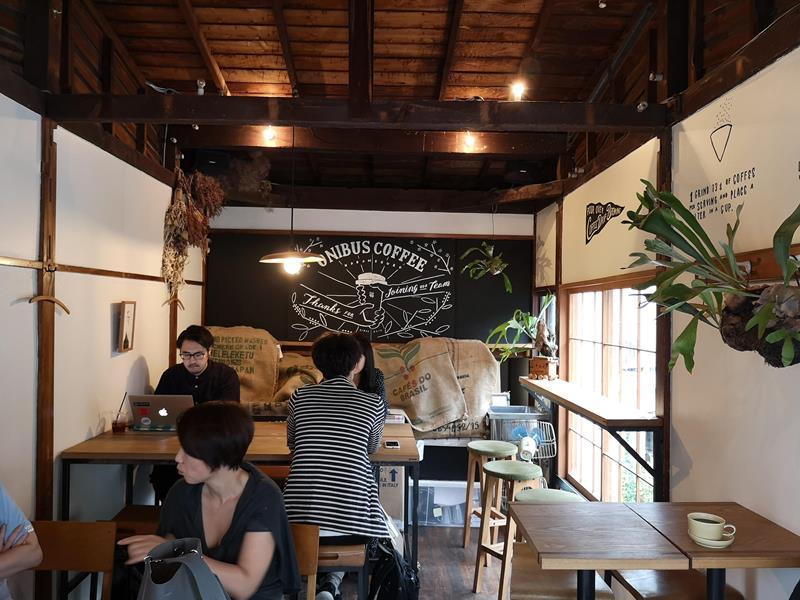 onibuscoffee10 Nakameguro-Onibus Coffee中目黑的老屋咖啡館 伴隨電車聲響的咖啡香