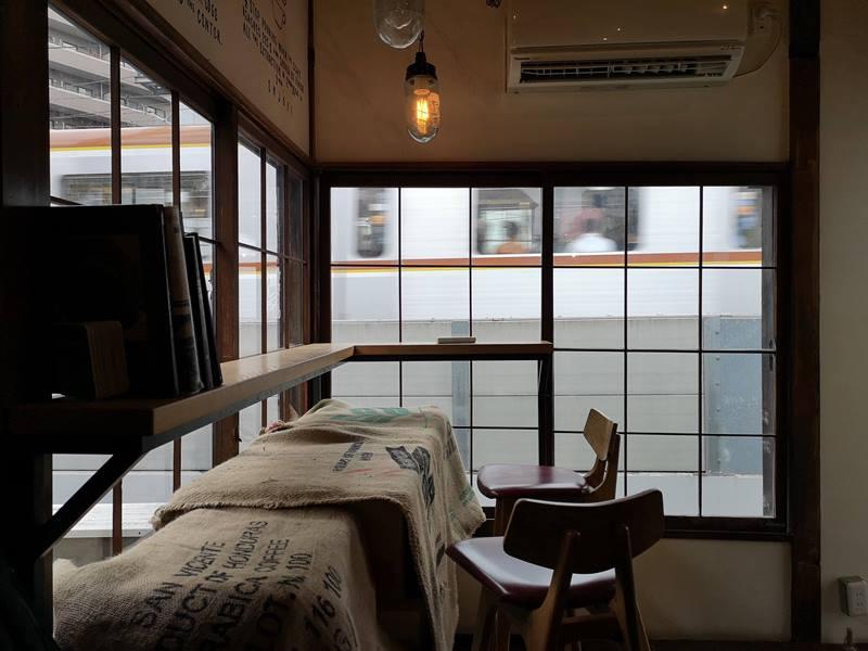 onibuscoffee11 Nakameguro-Onibus Coffee中目黑的老屋咖啡館 伴隨電車聲響的咖啡香