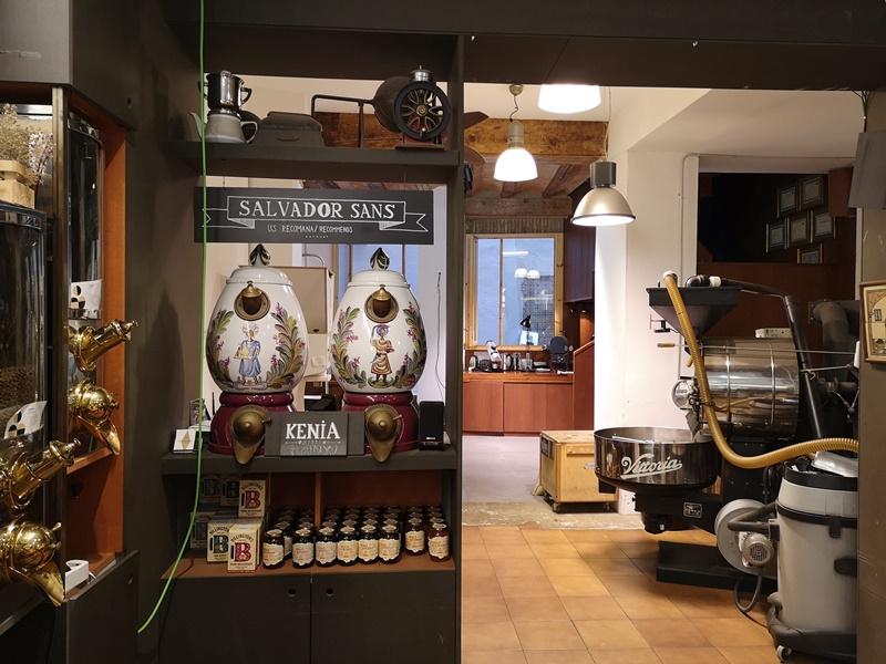 cafeselmagnifico04 Barcelona-Cafes El Magnifico巴塞隆納舊城區小店的一杯拿鐵