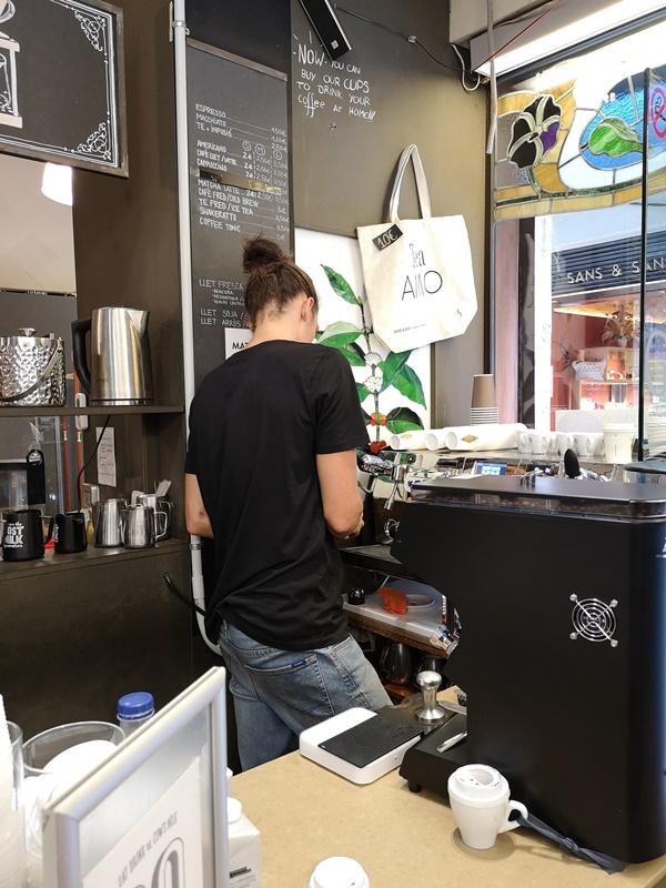 cafeselmagnifico08 Barcelona-Cafes El Magnifico巴塞隆納舊城區小店的一杯拿鐵