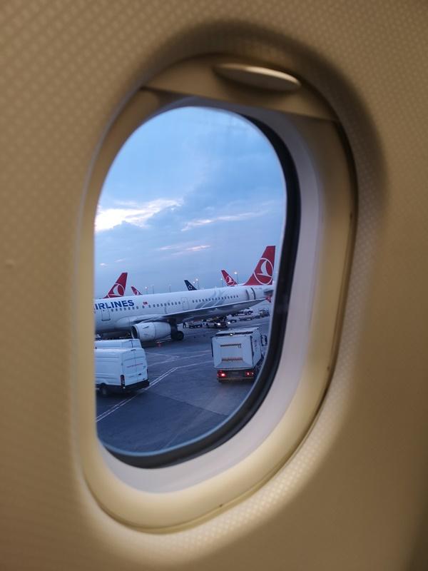 flytk025380154 201810台北伊斯坦堡巴塞隆納 TK025商務艙飛行