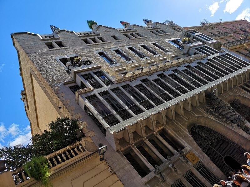 guellhouse01 Barcelona-巴塞隆納世界文化遺產  高第建築奎爾宮
