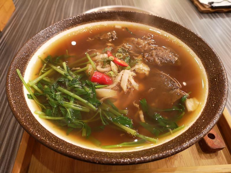 liubeef04 竹北-劉家食堂 牛肉麵很不賴