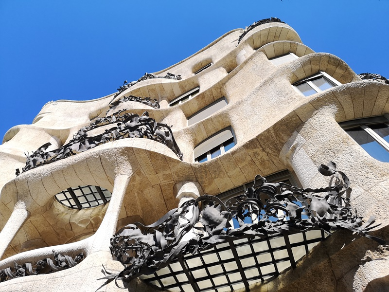 casamila04 Barcelona-巴塞隆納世界文化遺產 高第建築米拉之家 來自外星的設計