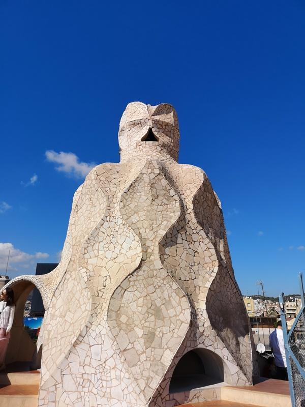 casamila27 Barcelona-巴塞隆納世界文化遺產 高第建築米拉之家 來自外星的設計