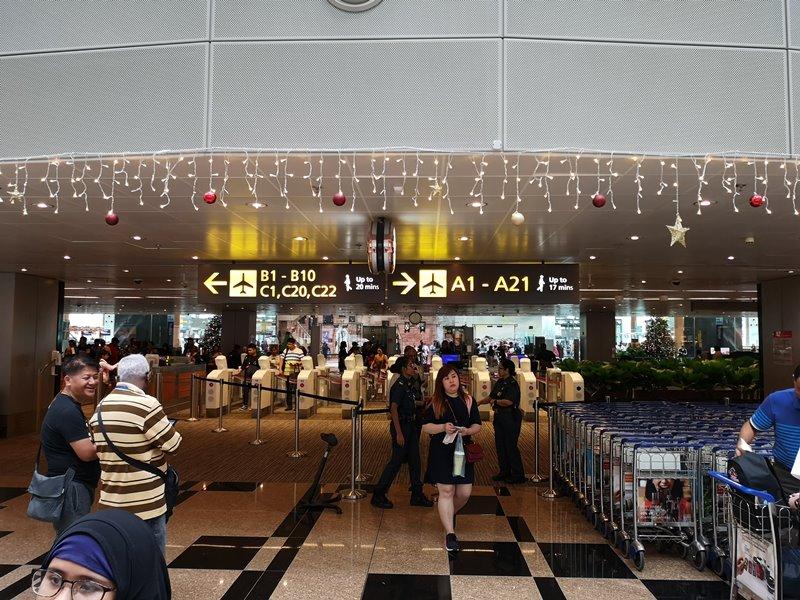 flysinsing31 201811台北新加坡 第一次享受KITTY商務艙