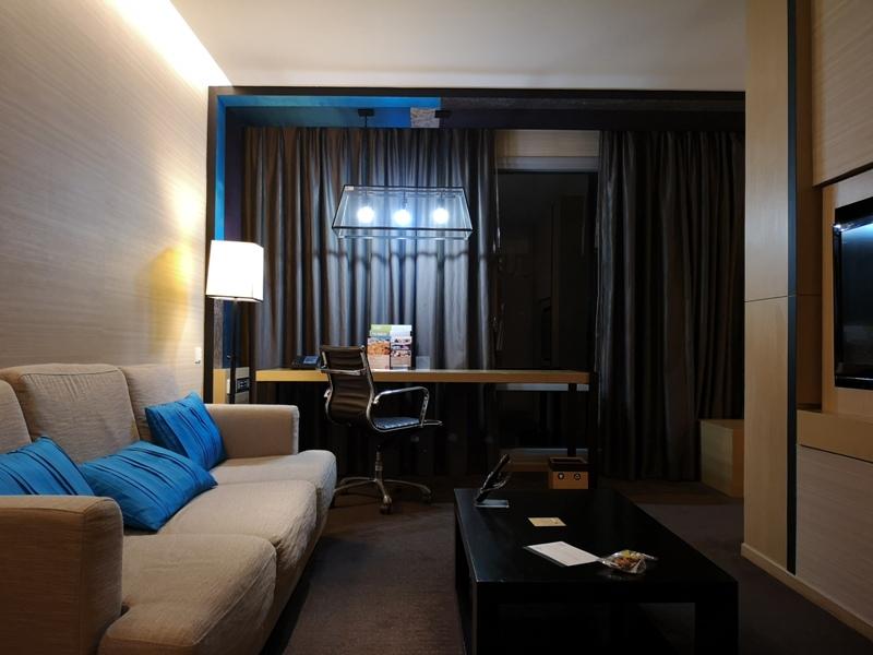 4PBKK09 Bangkok-曼谷Four Points商務飯店(曼谷福朋喜來登酒店-素坤逸15) 套房也簡單舒適