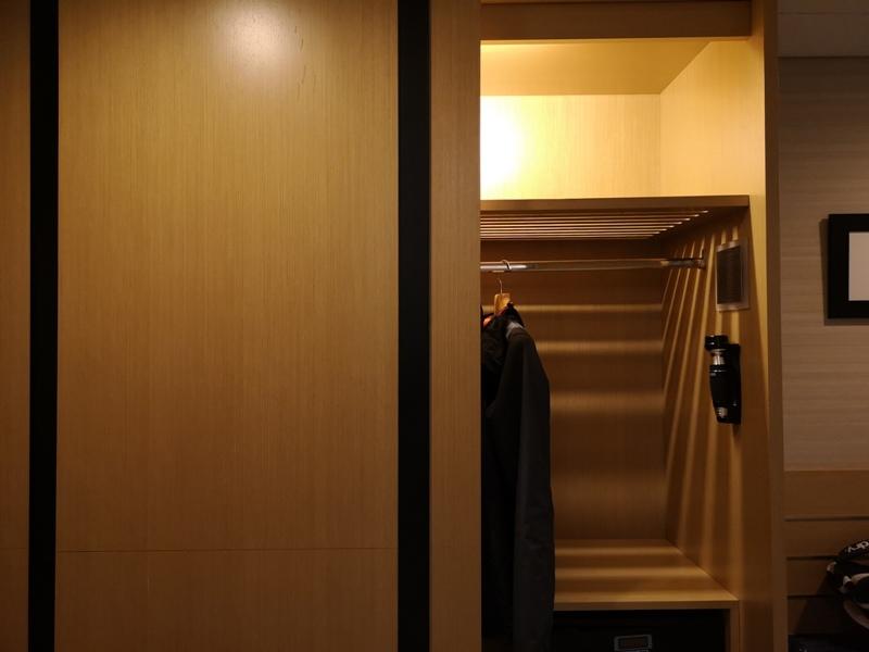 4PBKK14 Bangkok-曼谷Four Points商務飯店(曼谷福朋喜來登酒店-素坤逸15) 套房也簡單舒適
