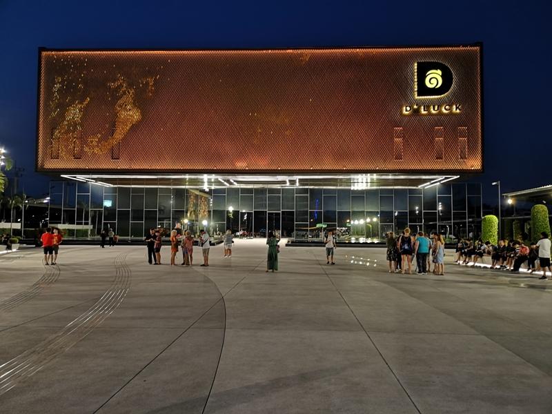 kaanshow0101 Pattaya-芭達雅KAAN show奇幻秀 舞台設計特效雜技泰拳投影雷射4D超精彩必看表演