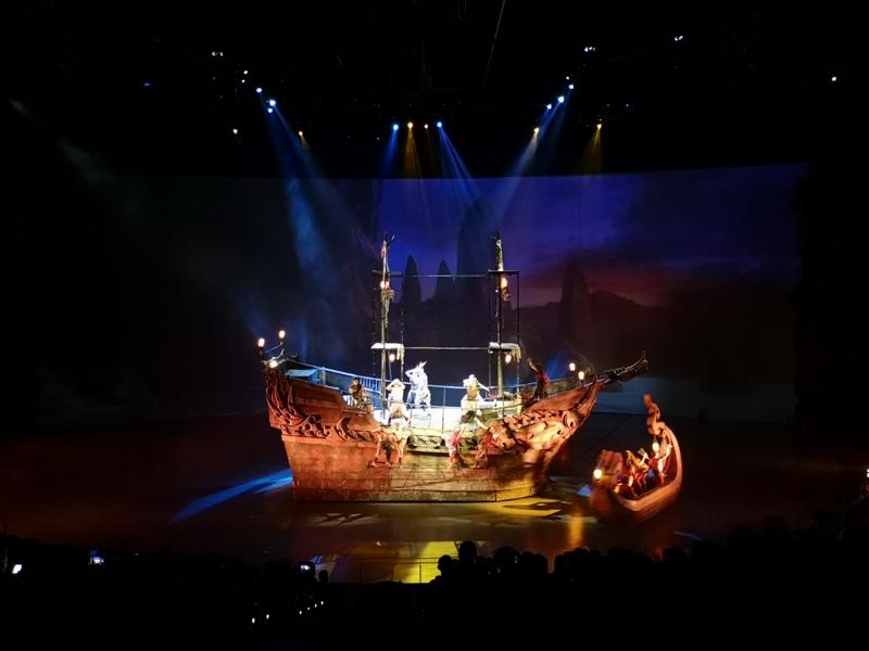 kaanshow0113 Pattaya-芭達雅KAAN show奇幻秀 舞台設計特效雜技泰拳投影雷射4D超精彩必看表演