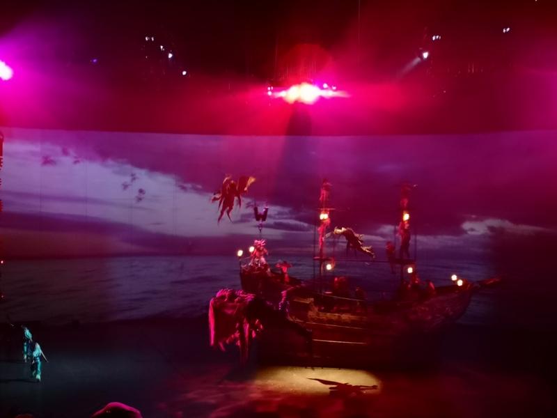 kaanshow0115 Pattaya-芭達雅KAAN show奇幻秀 舞台設計特效雜技泰拳投影雷射4D超精彩必看表演