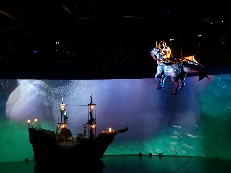 kaanshow0117 Pattaya-芭達雅KAAN show奇幻秀 舞台設計特效雜技泰拳投影雷射4D超精彩必看表演