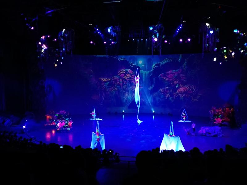 kaanshow0120 Pattaya-芭達雅KAAN show奇幻秀 舞台設計特效雜技泰拳投影雷射4D超精彩必看表演
