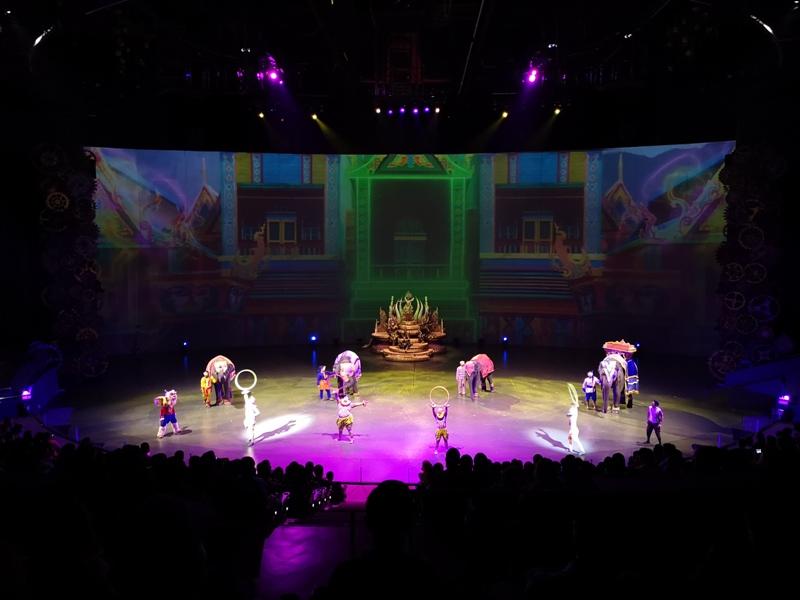 kaanshow0122 Pattaya-芭達雅KAAN show奇幻秀 舞台設計特效雜技泰拳投影雷射4D超精彩必看表演