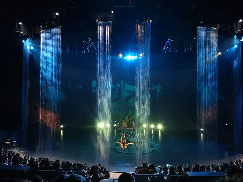 kaanshow0128 Pattaya-芭達雅KAAN show奇幻秀 舞台設計特效雜技泰拳投影雷射4D超精彩必看表演